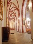 Wnętrze kościoła-4